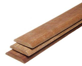 Guarnição de madeira